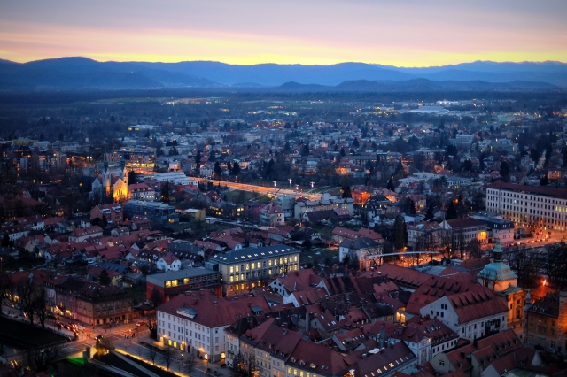 Where the historical part of the city slowly ends, a beautiful district Trnovo begins (from right to left). Photo by: Exploring Slovenia.