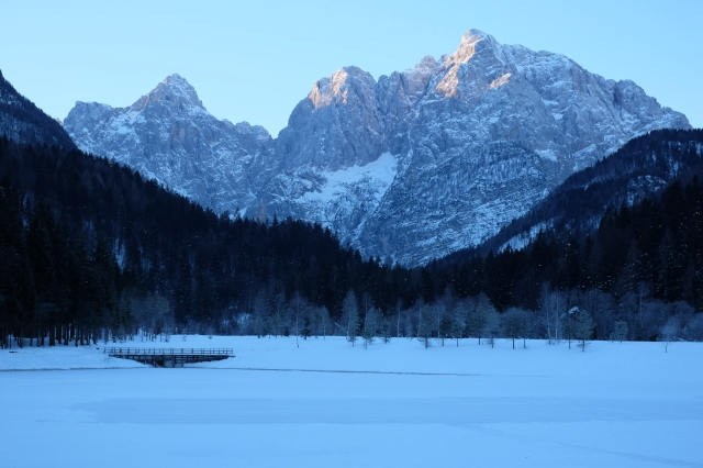 Lake Jasna in winter