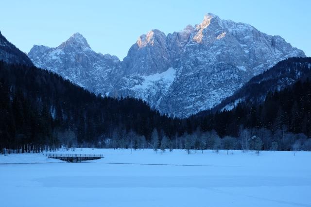 Lake Jasna in winter