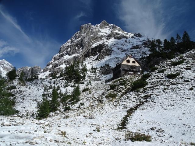 Vodnik Hut in Triglav National Park; Slovenia, Vodnikov dom